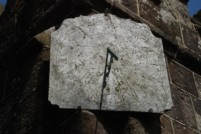 chagford-st-michael-the-archangel-sundial-1
