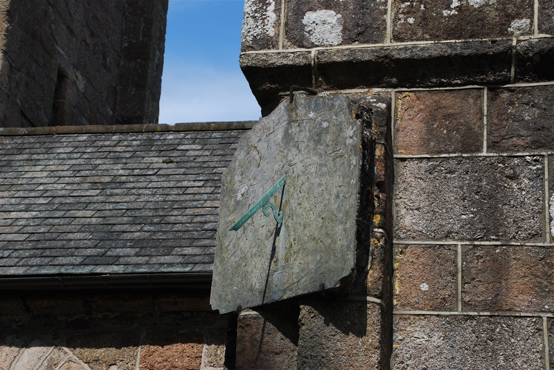 chagford-st-michael-the-archangel-sundial-2