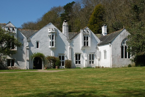 Bradley Manor 4